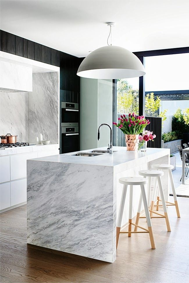 Mim Design installed the white Babanees in this gorgeous marble kitchen in Melbourne