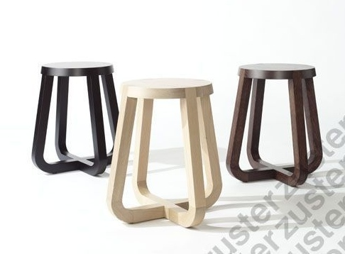 Zuster Stella side table. The black version looks fabulous in a bedroom.