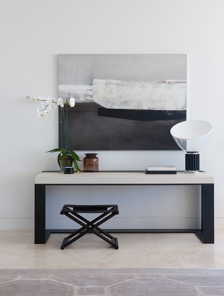 Perfect asymmetrical styling by Arent & Pyke in their Harbour House. Christian Liaigre console table.