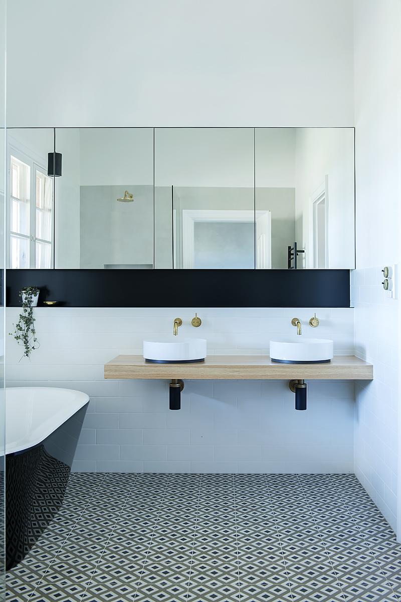 Bathroom Renovation – Jane Ledger talks to Sky News